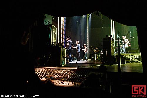 BB Brunes :: 27.11.2010 (portrait + backstage)