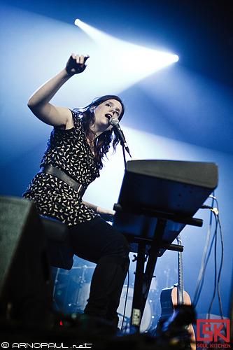 Yael Naim + Olivia Pedroli :: 12.02.2011