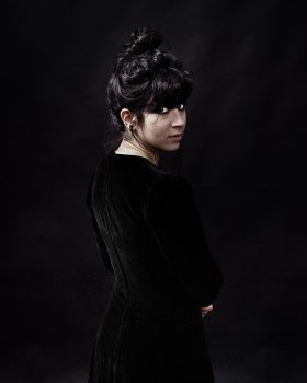 Laura Cahen par Arno Paul