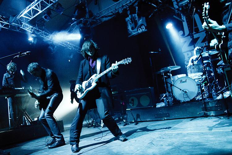 http://arnopaul.net/files/gimgs/4_arnopaul-archive-20091012.jpg